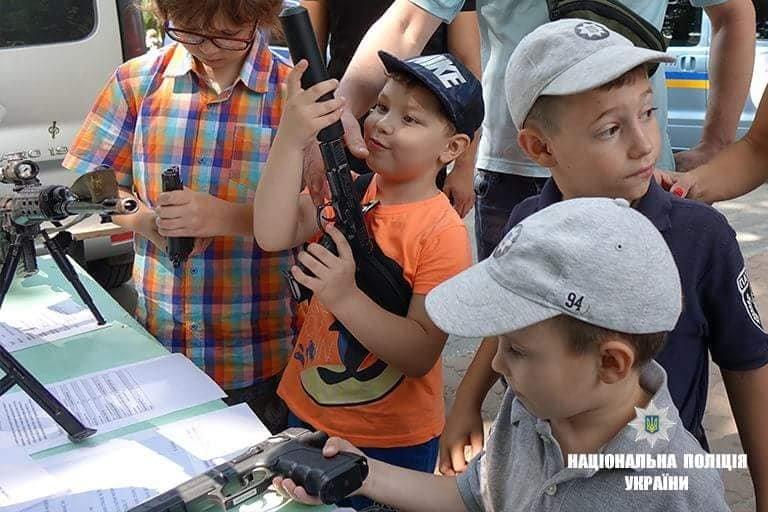 Франківські дітлахи цікавляться професією поліцейського. ФОТО, фото-1
