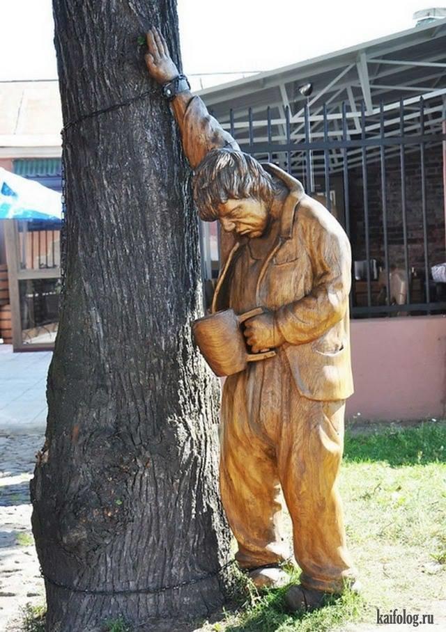 На Привокзальній площі пропонують встановити пам'ятники... п'яницям. ФОТО, фото-2