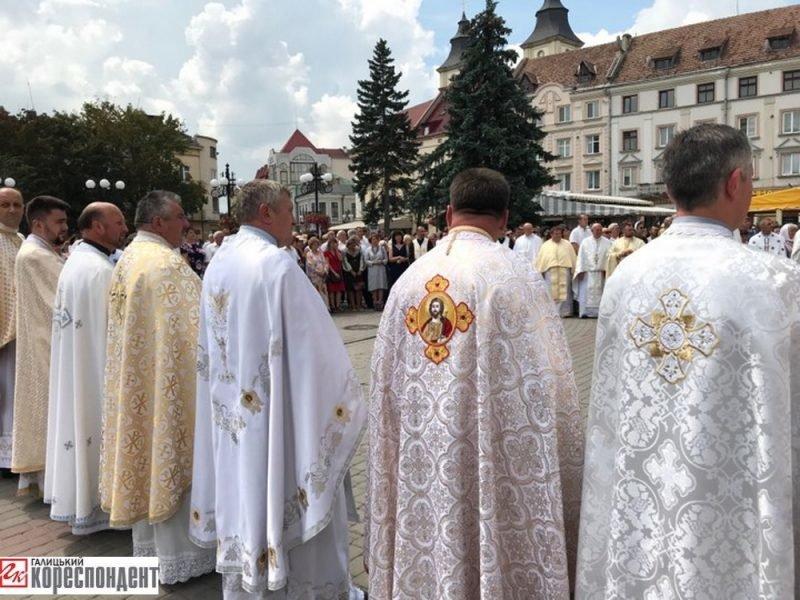 Молитва і свячена вода у Франківську - на День Хрещення Русі-України. ФОТО, фото-3