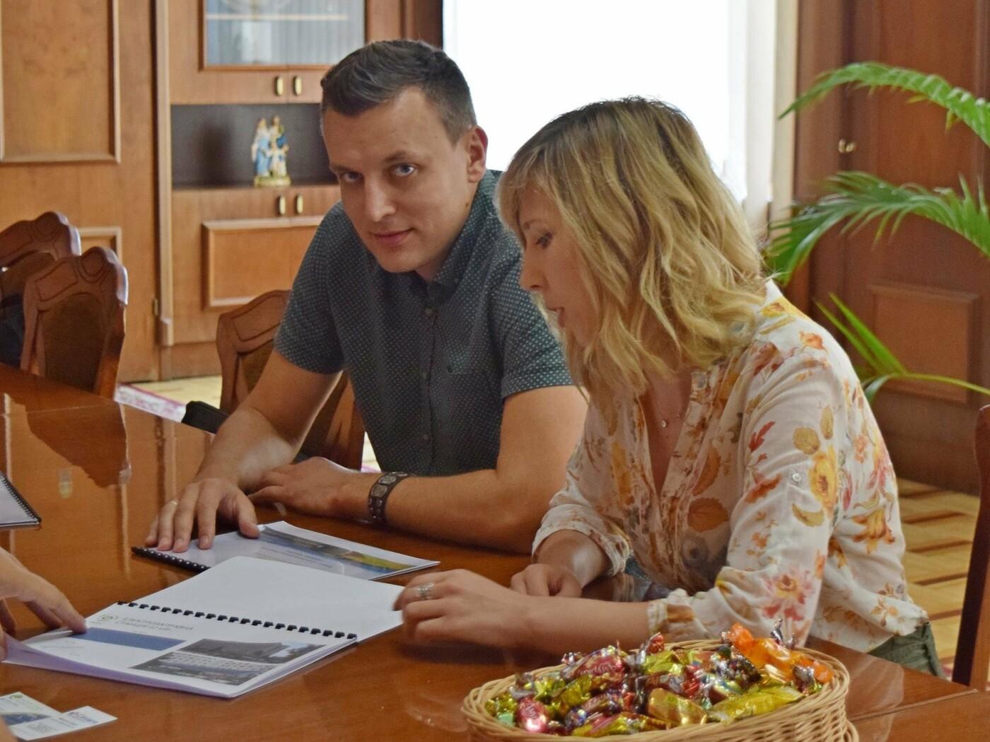 У Франківську може з'явитися унікальна електрозаправка. ФОТО, фото-3