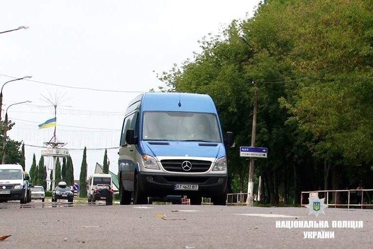 12 несправних автобусів правоохоронці виявили під час рейду. ФОТО, фото-1