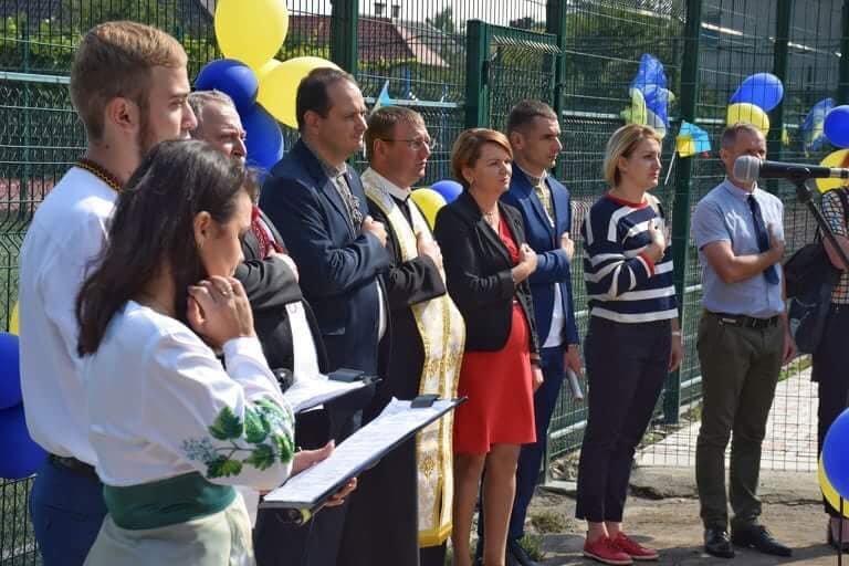 В школі №15 Івано-Франківська зробили новий спортивний майданчик. ФОТО, фото-3