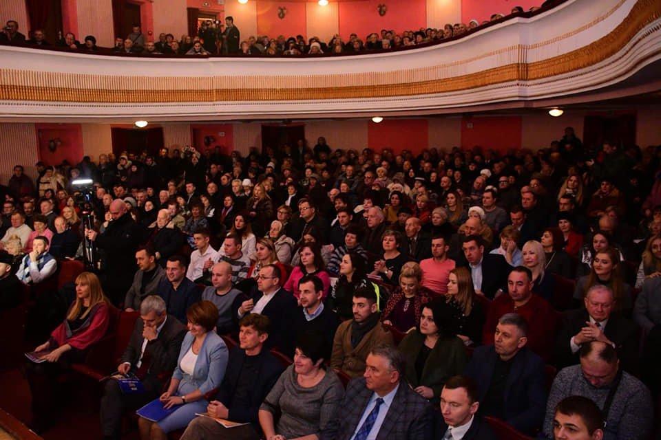 Руслан Марцінків відзвітував перед громадою в обласній філармонії за третій рік мерства. ФОТО, фото-5