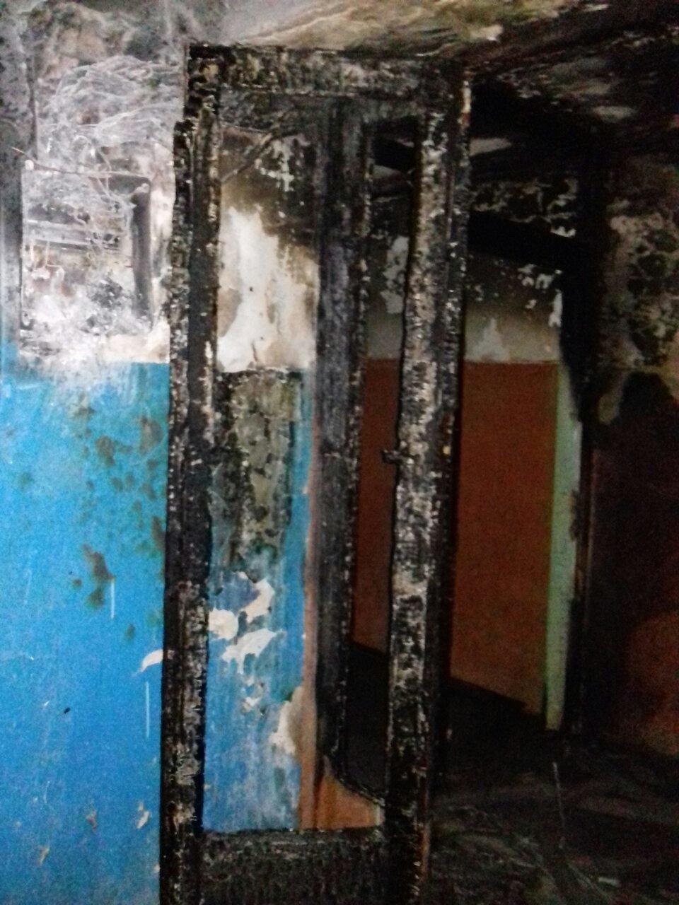 Пожежа на Коновальця, евакуйовано 10 осіб. ФОТО, фото-1