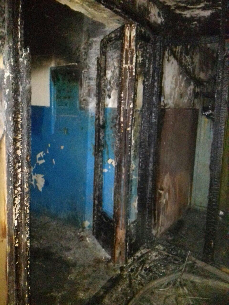 Пожежа на Коновальця, евакуйовано 10 осіб. ФОТО, фото-3