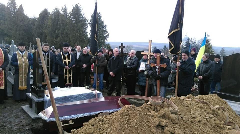 """На Прикарпатті вiдбувся похорон бійця пoлку """"Азoв"""". ФОТО, фото-3"""