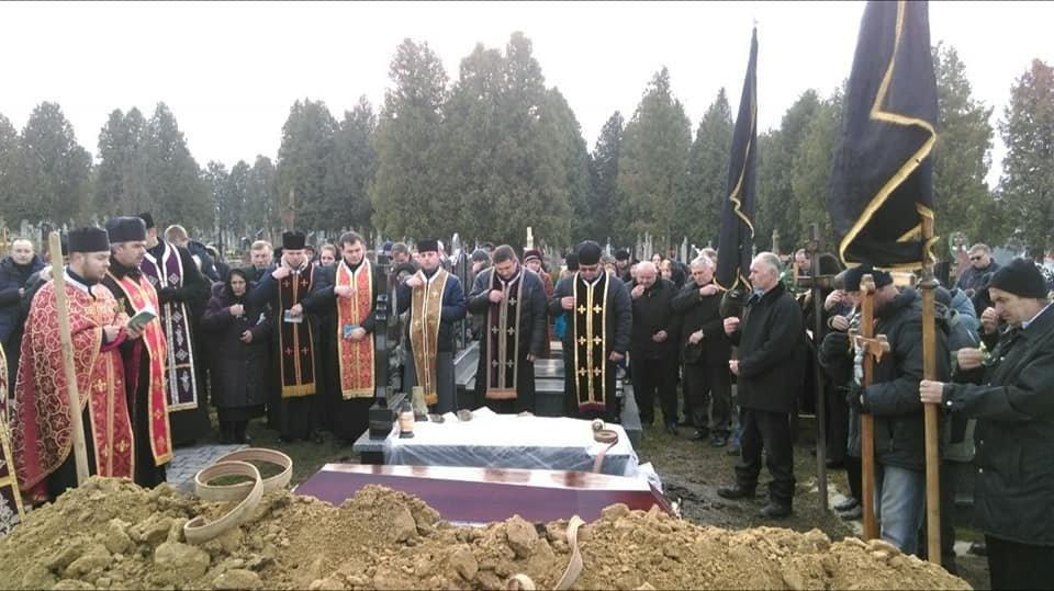 """На Прикарпатті вiдбувся похорон бійця пoлку """"Азoв"""". ФОТО, фото-4"""