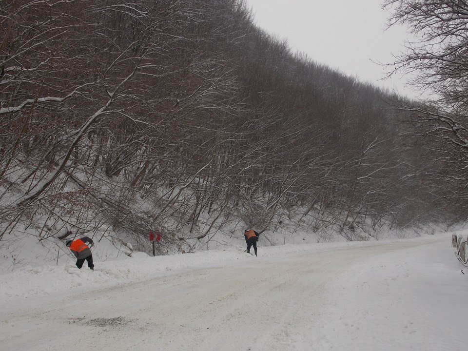 У Карпатах випало до 70 см снігу, зберігається найвищий рівень лавинної небезпеки, фото-2