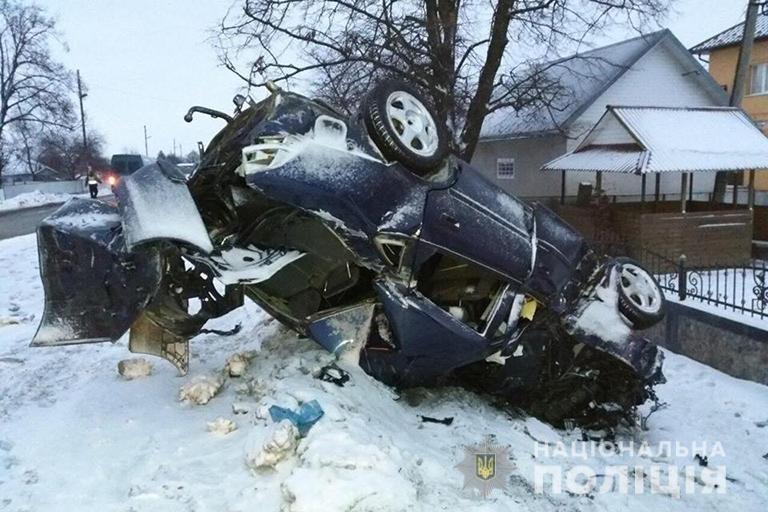 На Снятинщині в результаті ДТП загинув водій і травмувався пасажир, фото-1