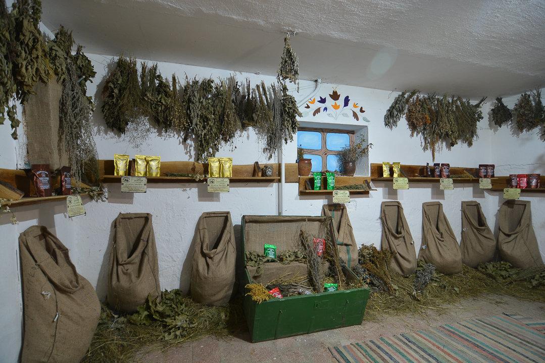 У Криворівні працює перший музей-крамниця настоянок за старовинними рецептами (фото, відео), фото-4