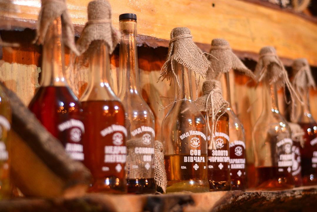 У Криворівні працює перший музей-крамниця настоянок за старовинними рецептами (фото, відео), фото-3