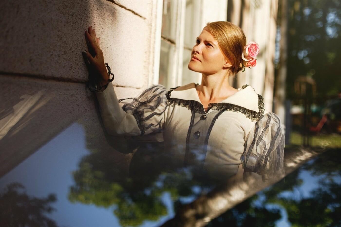 «Крізь призму часу». Костюмована фотосесія у палаці Потоцьких (ФОТО), фото-1