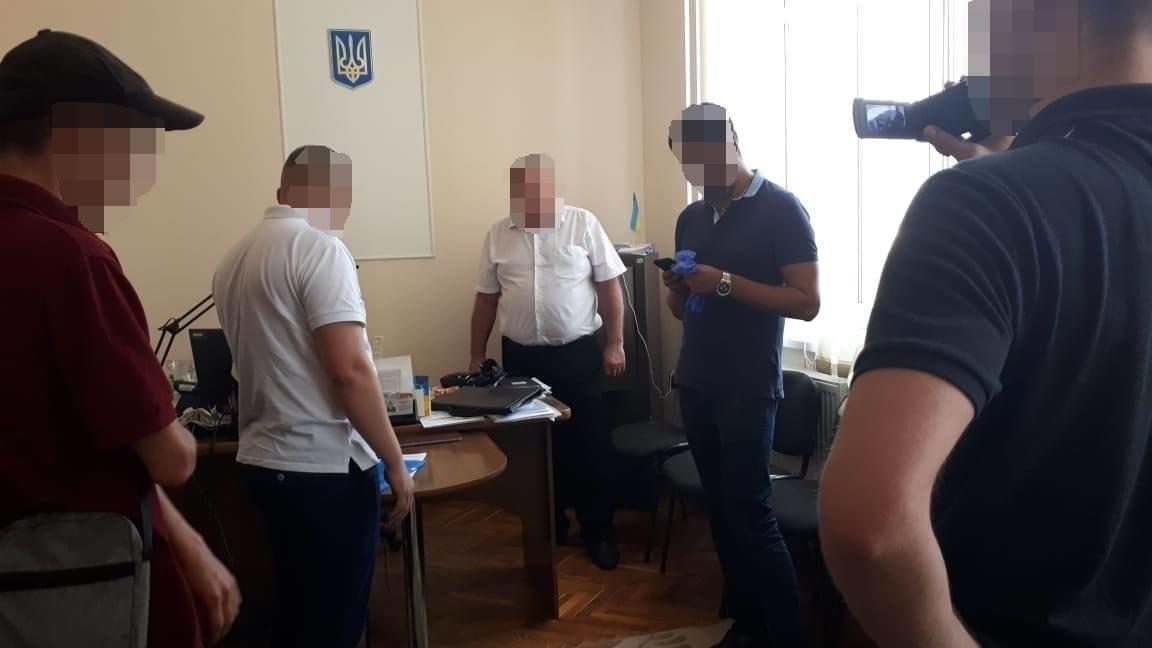 СБУ викрила керівника одного з райвідділів виконавчої служби Івано-Франківщини на хабарях, фото-3