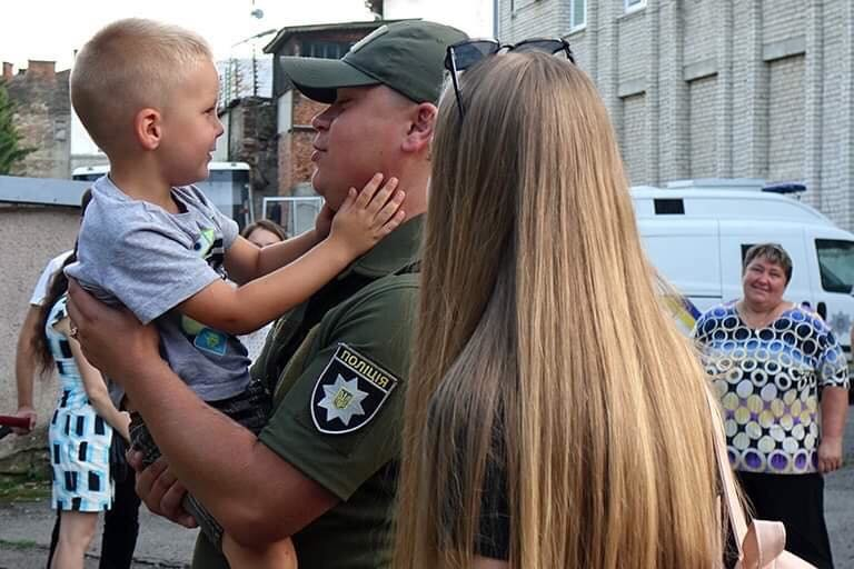 Прикарпатські поліціянти повернулися з зони проведення ООС (ФОТО), фото-2