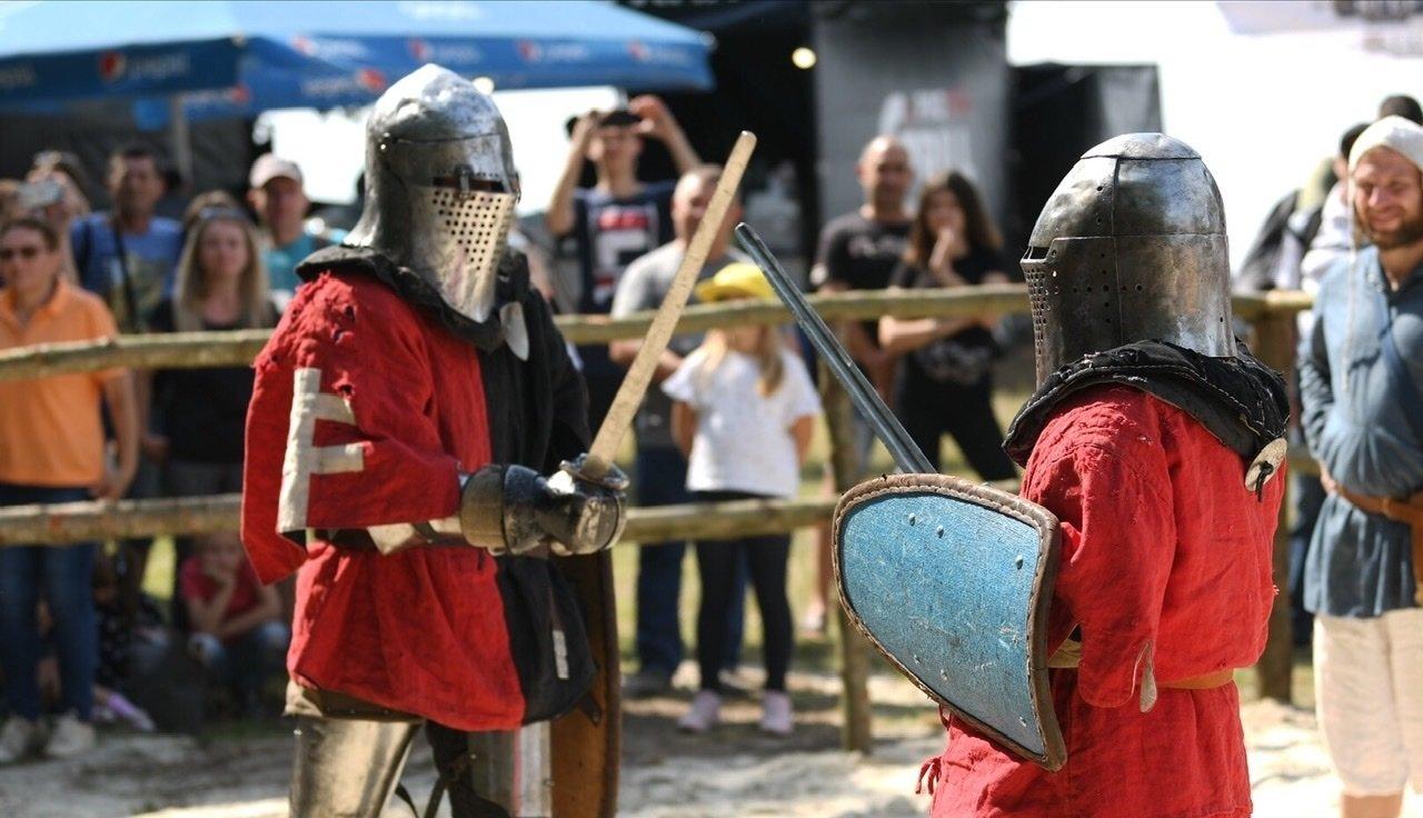 """Лицарські бої, мотопробіг, повітряна куля: фестиваль """"Галицьке лицарство"""" на Прикарпатті (фото, відео), фото-33"""