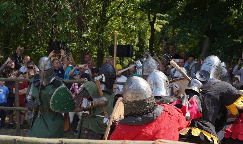 """Лицарські бої, мотопробіг, повітряна куля: фестиваль """"Галицьке лицарство"""" на Прикарпатті (фото, відео), фото-32"""
