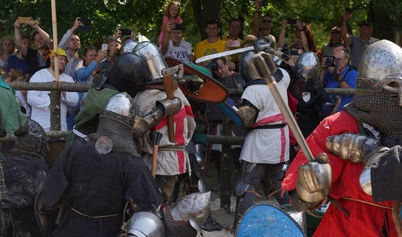 """Лицарські бої, мотопробіг, повітряна куля: фестиваль """"Галицьке лицарство"""" на Прикарпатті (фото, відео), фото-31"""