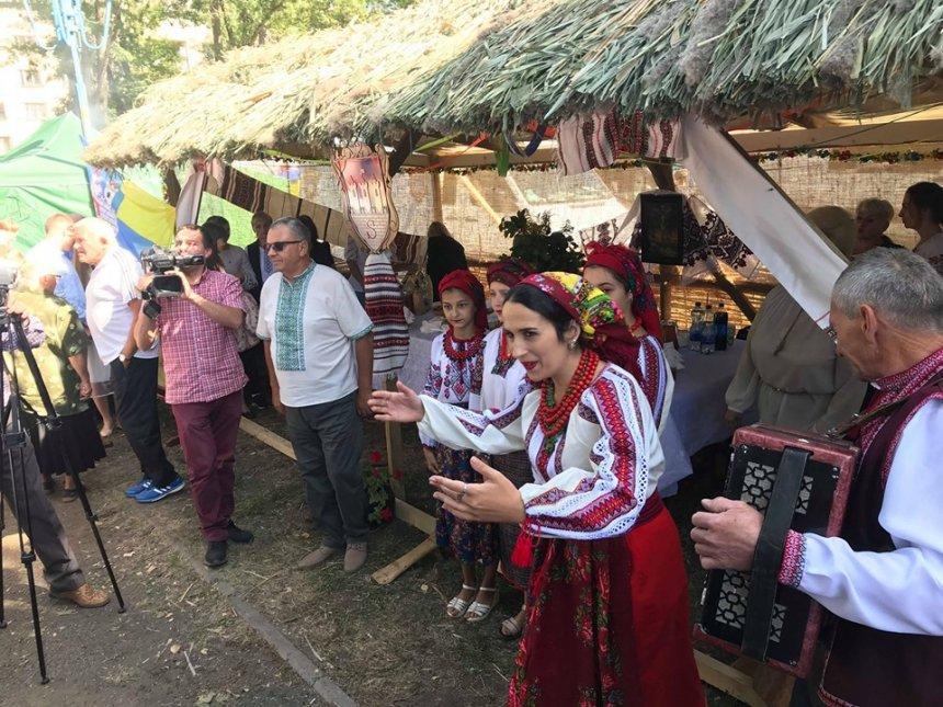 На Снятинщині пройшов етнічний фестиваль «Покутське яблуко», фото-1