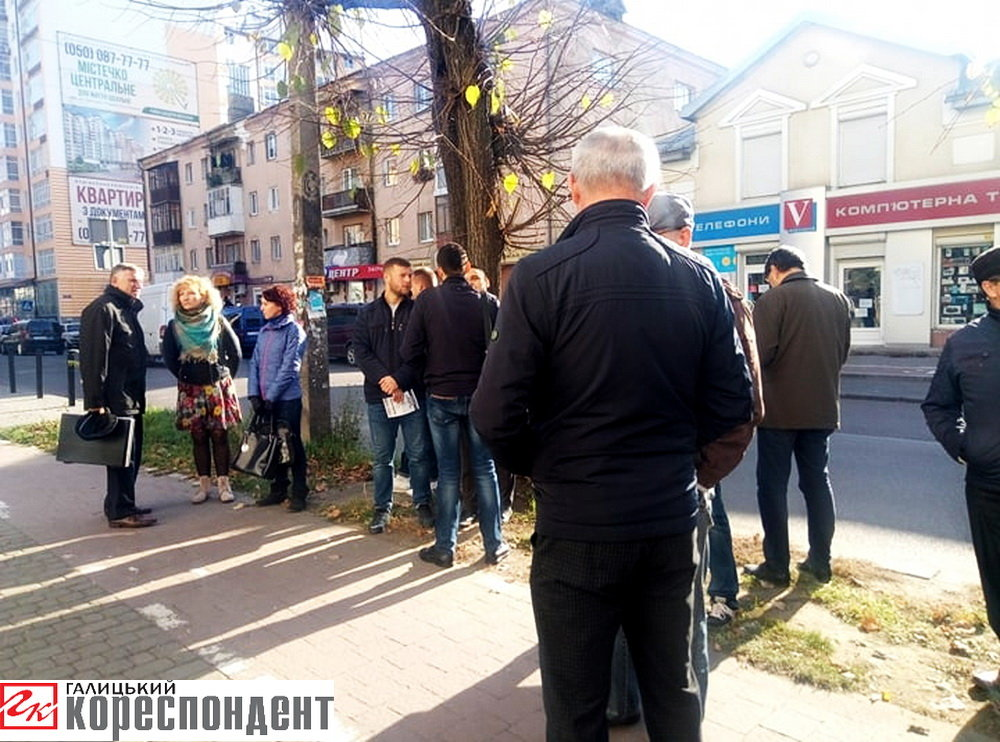 Пам'ятну дошку відомому вченому Олександру Карпенку відкрили у Франківську , фото-1