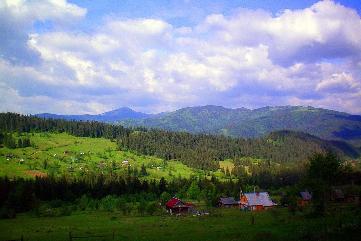 Прикарпатське село Микуличин - найдовше село в Україні, фото-1