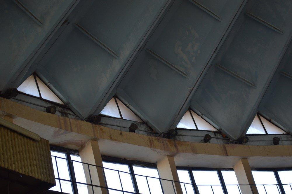 Занедбаний стан, болото і бруд. Фоторепортаж з центрального ринку Франківська, фото-6