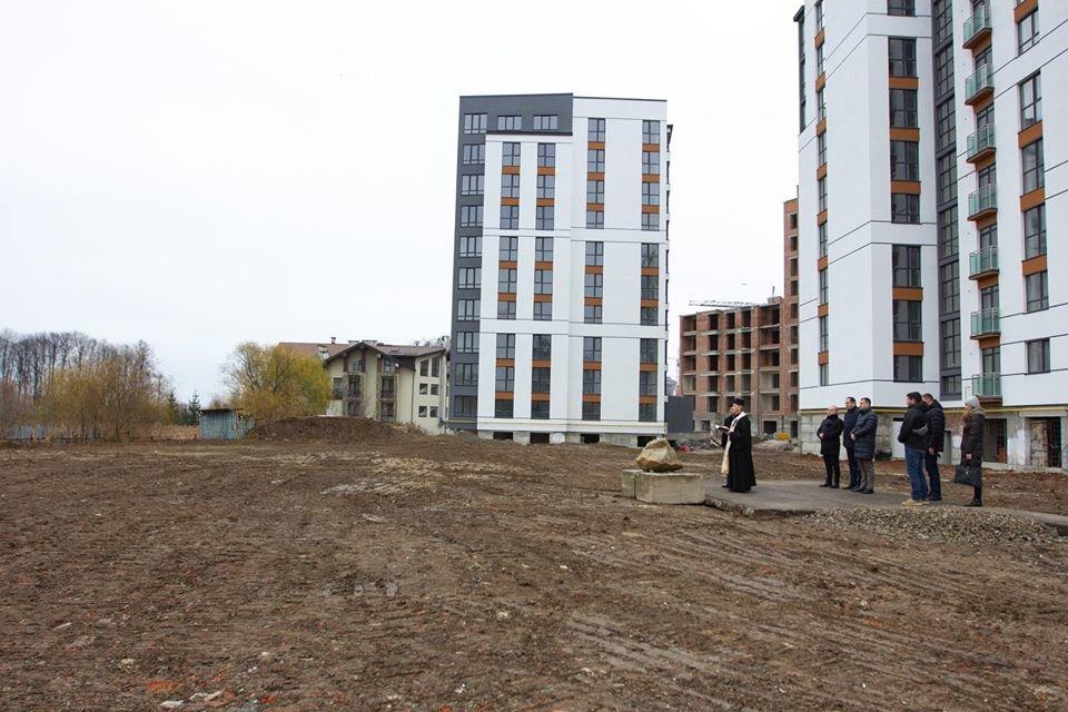 У Франківську заклали наріжний камінь під будівництво дитячого садка, фото-1