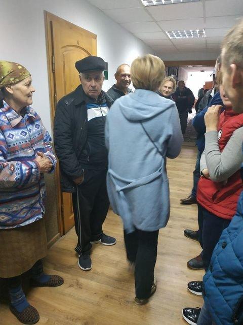 У Старих Кутах люди повстали проти газовиків. Люди кажуть, що не хочуть платити за те, чого не замовляли, фото-1