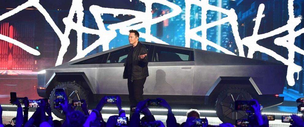 На футуристичний електро пікап Tesla Cybertruck за два дні черга - 146 тисяч замовлень, фото-4