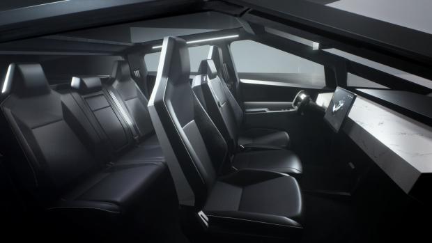 На футуристичний електро пікап Tesla Cybertruck за два дні черга - 146 тисяч замовлень, фото-5