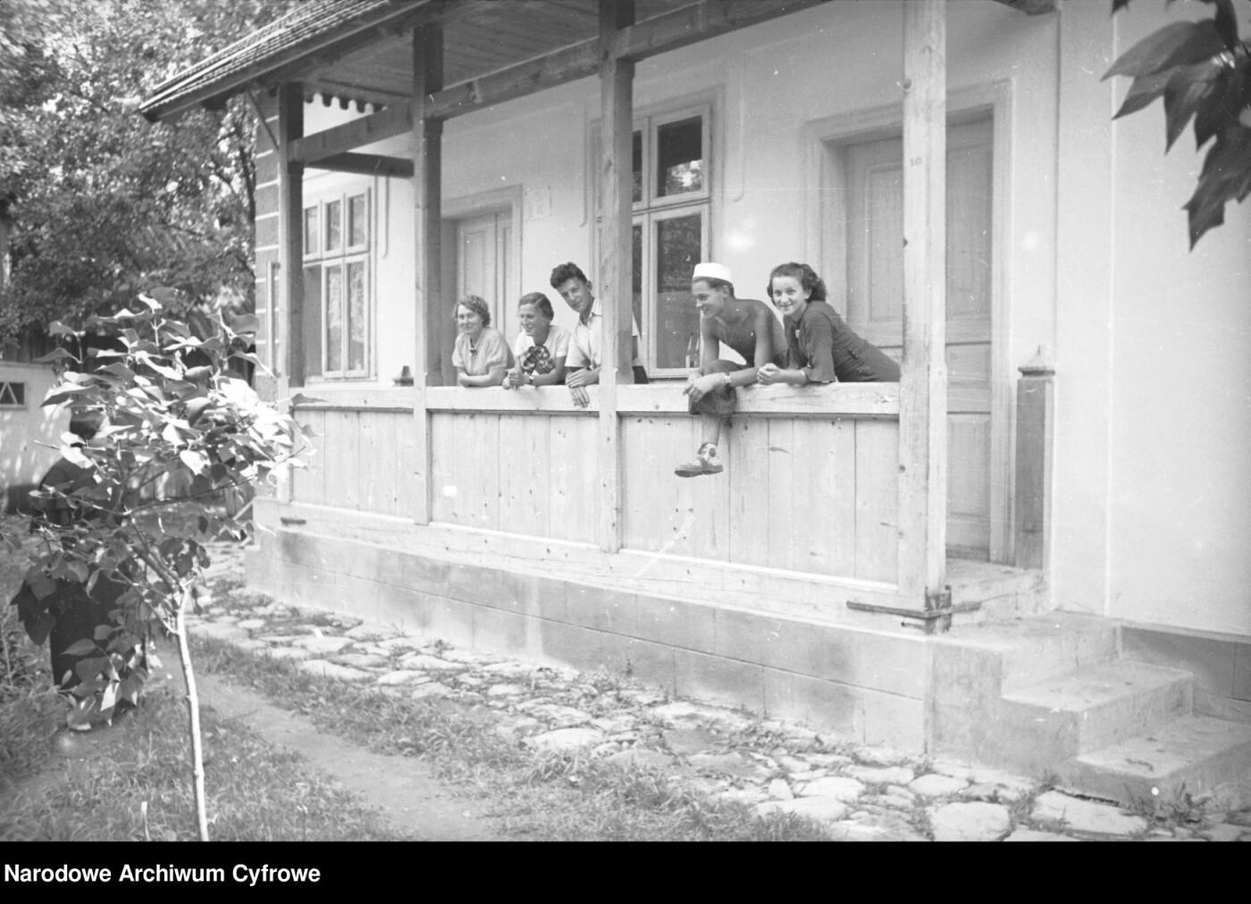У мережі з'явилися світлини затишного і вишуканого Косова 1936 – 1938 років (ФОТО), фото-11