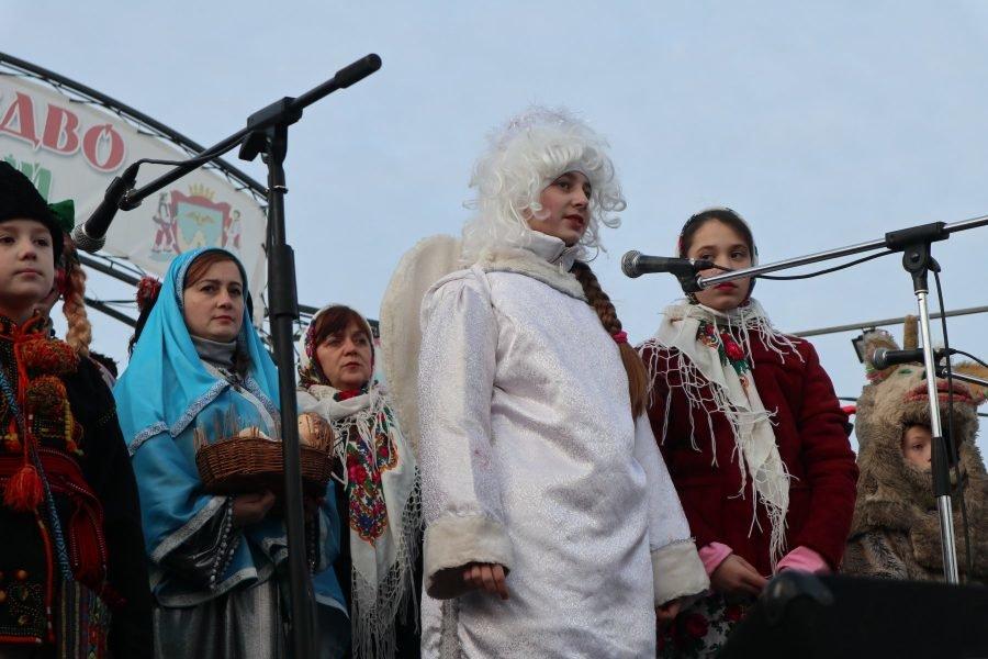 """У Надвірній гуцули дивували гостей фестивалю """"Файне Різдво"""", фото-1"""