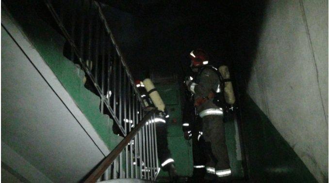 Небайдужий допомагав рятувати людей: стали відомі деталі пожежі у будинку на Довгій (ФОТО), фото-2