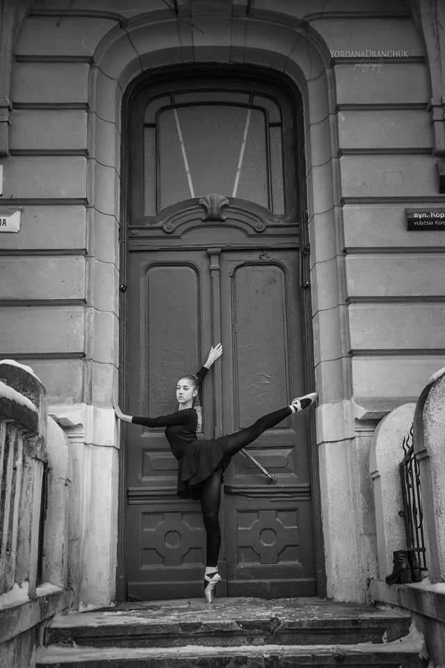 У Франківську реставрували двері на вулиці Короля Данила, фото-1