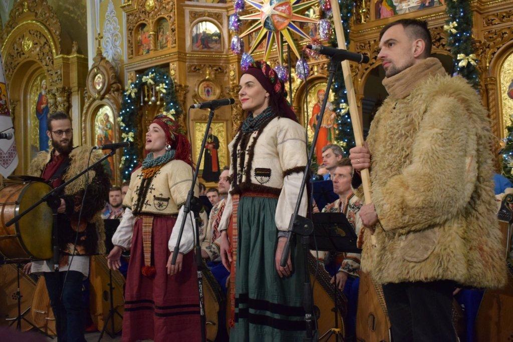 """Урочистим концертом завершився міжнародний фестиваль """"Коляда на Майзлях"""", фото-1"""