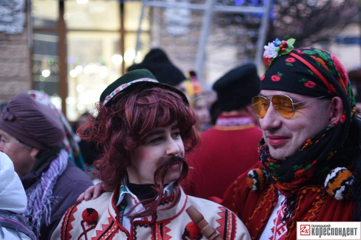 В центрі Франківська пройшов парад Маланок. ФОТО, фото-1