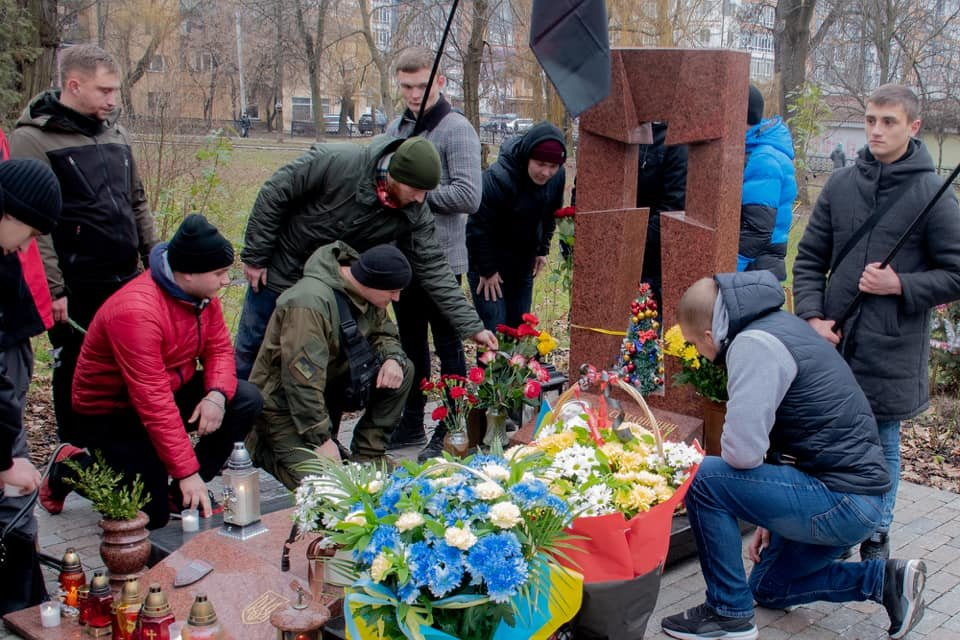 У Франківську вшанували пам'ять загиблого захисника України Григорія Семанишина (ФОТО), фото-2