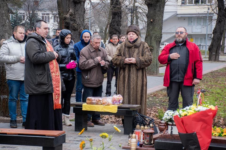 У Франківську вшанували пам'ять загиблого захисника України Григорія Семанишина (ФОТО), фото-3