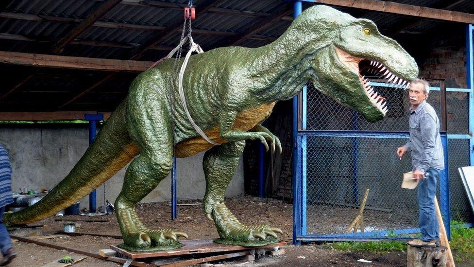 """""""Я все покинув і почав робити динозаврів"""". Історія майстра з Коломиї, фото-3"""