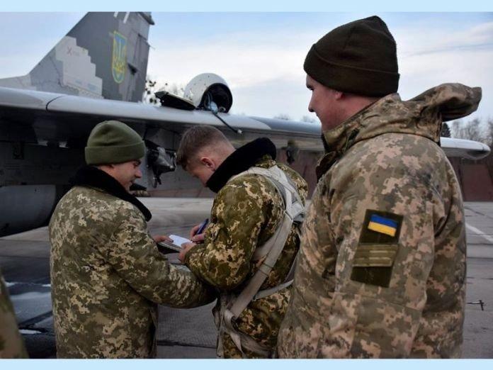 Українські пілоти провели навчання в складних метеоумовах на Прикарпатті (фото), фото-7