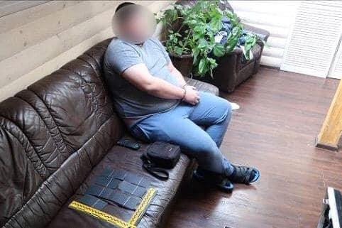 На Прикарпатті затримали шахраїв, які викрадали гроші з платіжних терміналів, фото-1