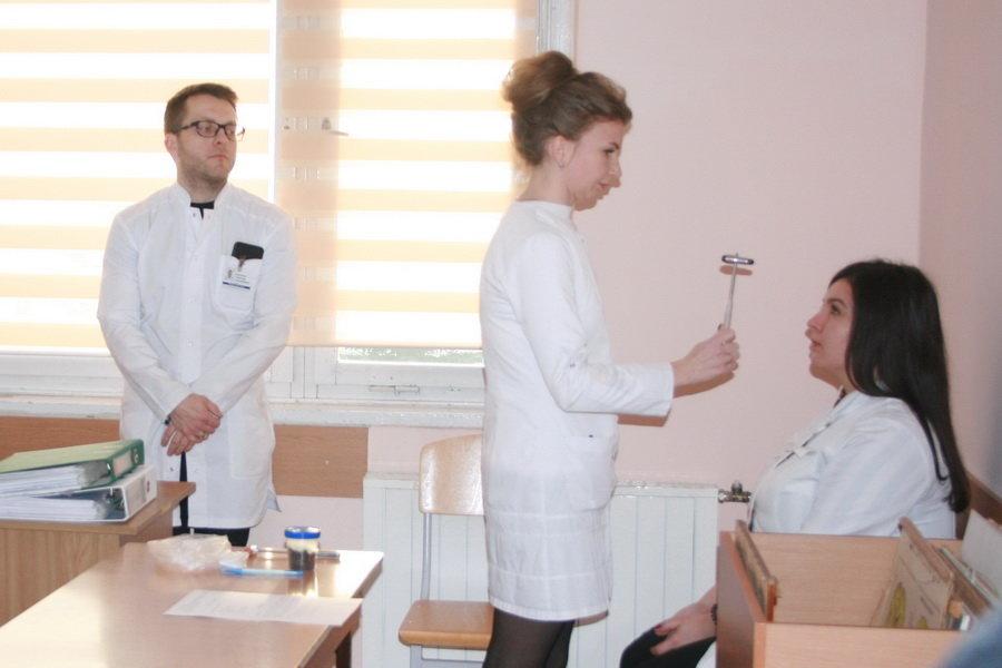 Інтерни ІФНМУ склали підсумкову атестацію з новітнім об'єктивним структурованим клінічним іспитом, фото-2