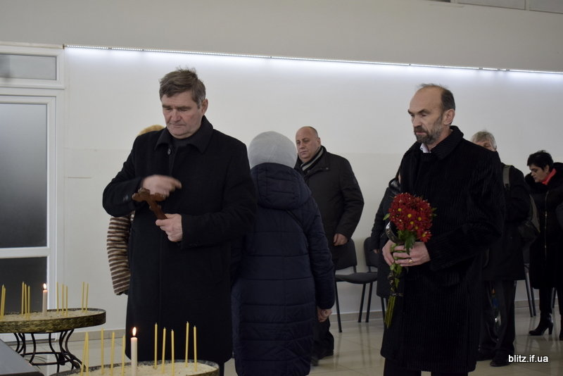 В Франківську прощалися з племінницею Бандери - Дарією Возняк, фото-5