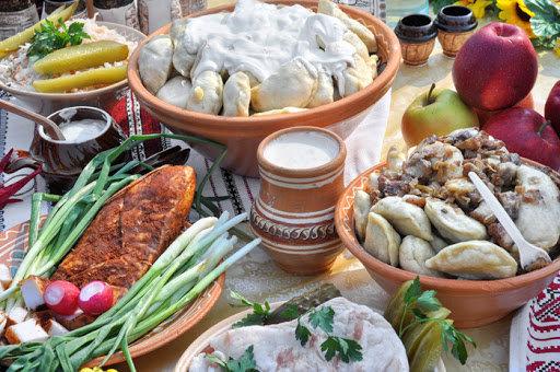 Простота продуктів, доступність приготування та вишуканий смак. Національна кухня Карпат, фото-1