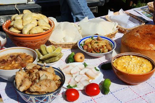 Простота продуктів, доступність приготування та вишуканий смак. Національна кухня Карпат, фото-2