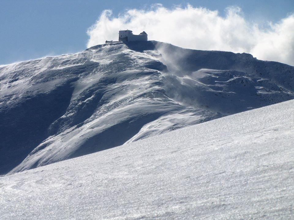 """Обсерваторія """"Білий слон"""" та Чорногора. Зимові Карпати у полоні снігу (фото, відео), фото-1"""