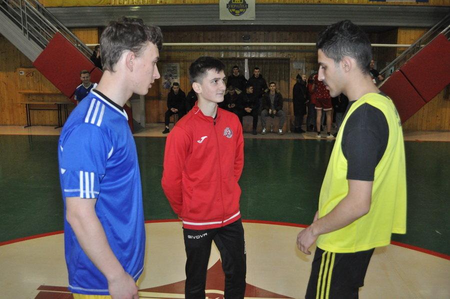 Мсштабні змагання з мініфутболу влаштували студенти-медики у Франківську (ФОТО), фото-5