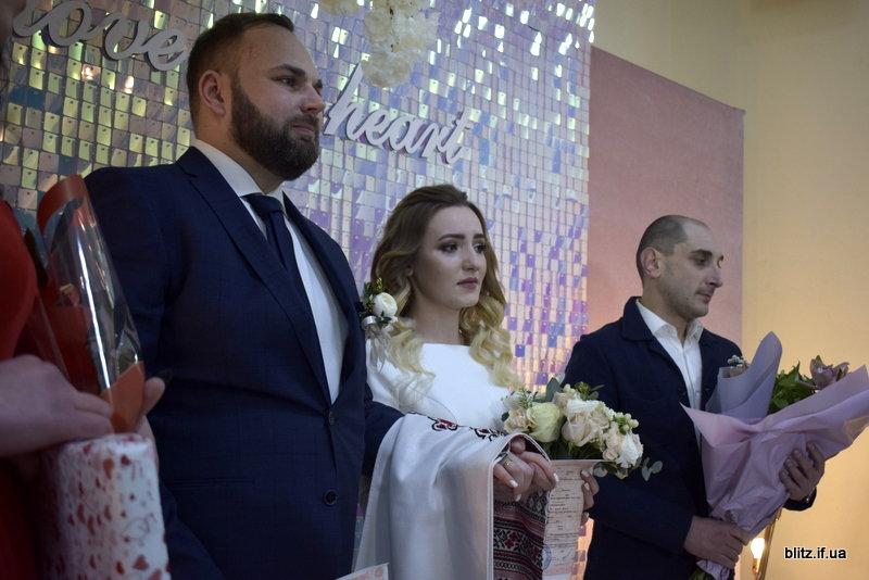 У день закоханих в Івано-Франківську за добу одружаться 11 пар, фото-1