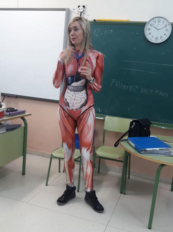 Вчителька вміє цікаво викладати біологію. Як зацікавити дітей до знань, фото-1