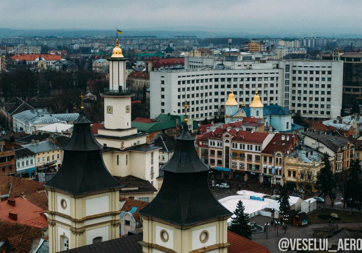 Фотограф поділився світлинами ратуші з висоти., фото-4