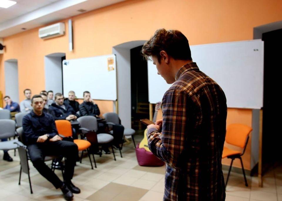 """""""Стилет і стилос"""". У Франківську набирає популярність творчий студентський проект, фото-7"""